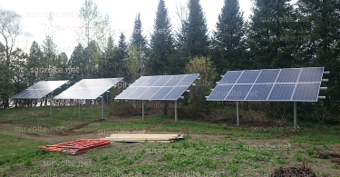 panneau-solaire-en-serie-simple-sur-terrain-survolte-net-375.jpg